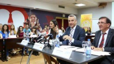 Пивара Скопје ќе им помага на младите да се вработат или да почнат сопствен бизнис