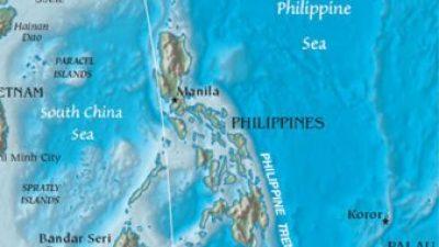 Началникот на полицијата во Филипини ги повика наркоманите да ги убиваат дилерите и да им ги палат куќите