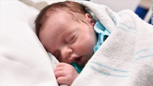 beba_rodjenje_dvaput_CNN1.jpg