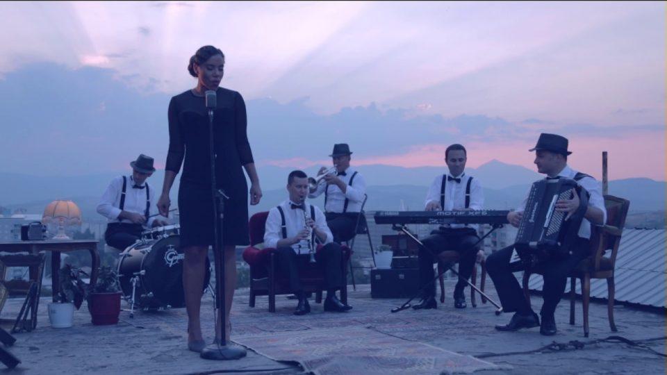 15.1.jazz-makedonsko-devojce.jpg