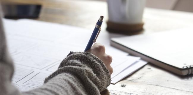Lifesaver-Essays-Online-Essay-Writing-Contest.jpg