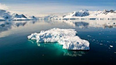 НАУЧНИЦИТЕ ТВРДАТ: Под Антарктикот се крие огромен мистериозен објект!