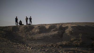 Најдена е масовна гробница со 4.000 тела
