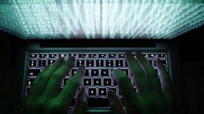 Велика Британија ќе регрутира ученици за одбрана од кибер напади
