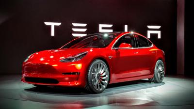 """Почнува пробното производство на """"Тесла Модел 3"""""""