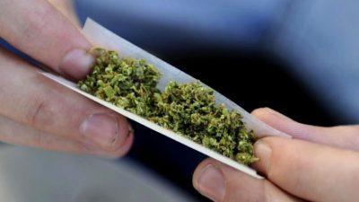 ФБИ има недостиг од кибер експерти бидејќи голем дел од потенцијалните кандидати пушат марихуана