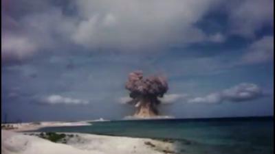 Објавена тајна снимка од тестирање на американско нуклеарно оружје (ВИДЕО)