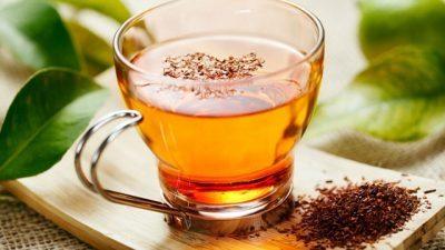 Овој чај го чисти црниот дроб, ги намалува главоболките и спречува рак