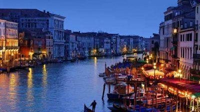 Билет од 2,5 од 10 евра за влез во Венеција