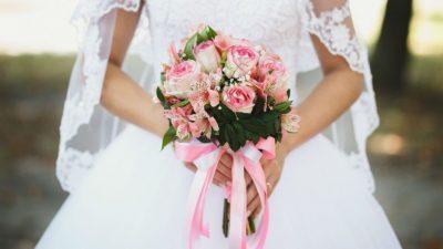 Зошто невестата го фрла бидермаерот на венчавката?