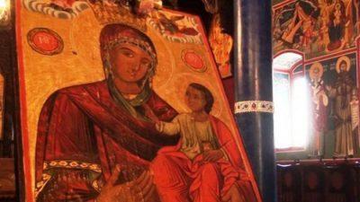 Колекционер ја врати чудотоворната икона во црквата во Битола, око не можел да склопи откако ја донел дома