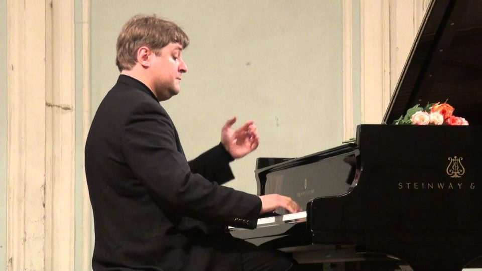 406968-koncert-na-ruskiot-pijanist-petr-laul.jpg