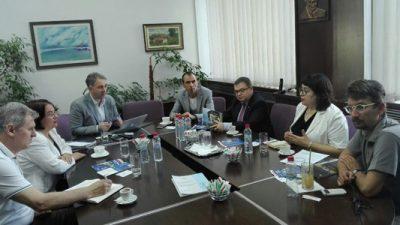 Средба на Тимоние со деканот на ФЕИТ Димитар Ташковски
