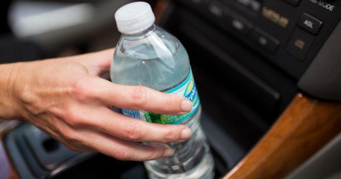 14062017110044_web_bottled-water-696x365.jpg