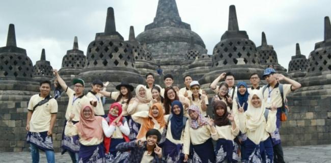 International-Pharmacy-Summer-School-in-Indonesia.jpg