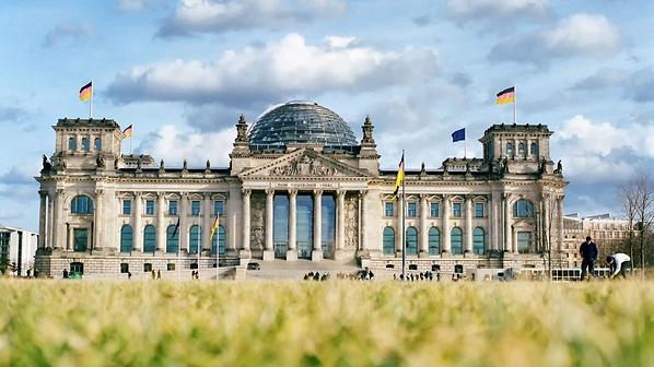 Studiski-prestoj-vo-Germanskiot-Bundestag.jpg
