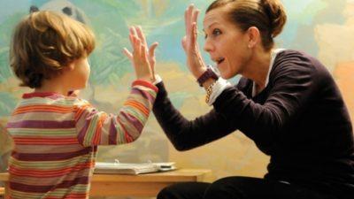 Висока температура во бременоста е ризик за појава на аутизам кај децата