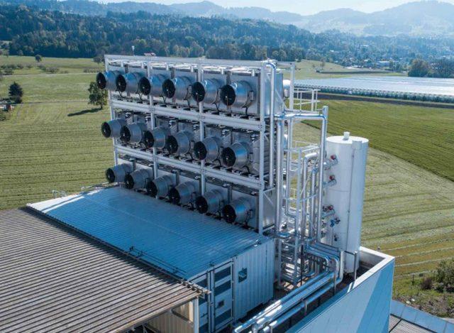 climeworkds-direct-air-capture-plant-zurich-designboom-06-01-2017-newsletter-818x600-640x469.jpg