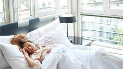 Заспана убавица: Најопасниот метод за слабеење што го забрануваат сите доктори