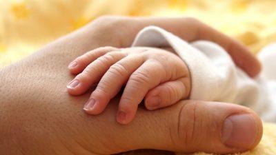 Ова бебе влегло во историјата како првото на светот што не добило ознака за пол по раѓањето