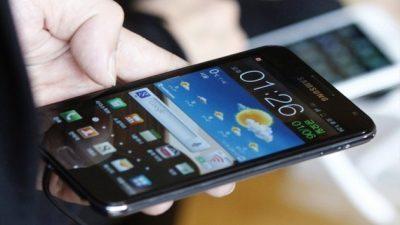 Преку овие две апликации може да ви го шпионираат мобилниот телефонот!