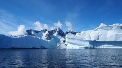 Откритие кое создаде паника: На Антарктикот има 91 вулкан