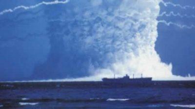 Детонирале атомска бомба под вода – Погледнете ја снимката која ја замрзнува крвта во вените!