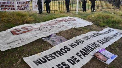 Пронајдени човечки коски во масовни гробници во Мексико