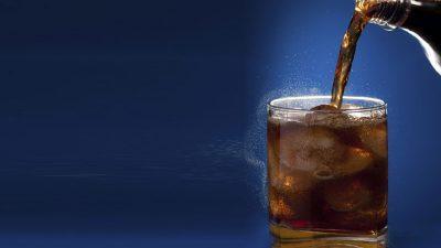 Tри причини да ги оставите газираните пијалоци