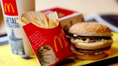 Зошто логото на McDonald's е црвено-жолто?