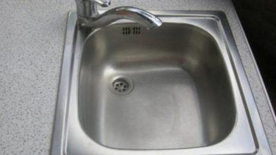 Ако го забележите ова на мијалникот веднаш сменете го – ризикувате да се разболите !