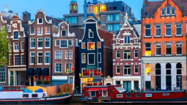Professional-English-Speaking-and-Writing-Workshop-in-Amsterdam.jpg