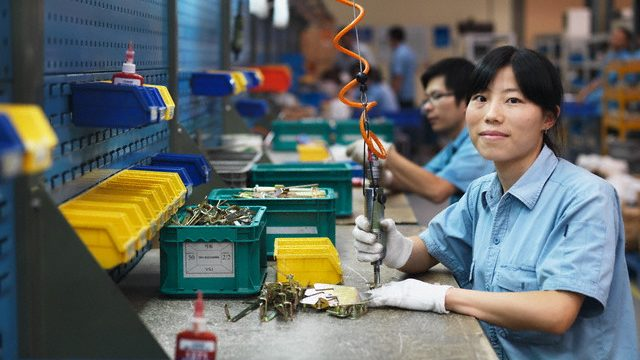 chinese-woman-working-factory.jpg