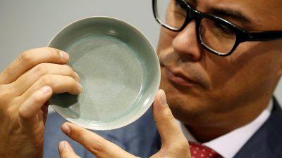 Чинија од династијата Синг стана највредното парче кинески порцелан