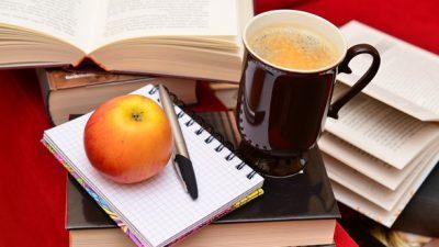 Трикови кои многу ќе ви помогнат при учењето и спремањето испити !