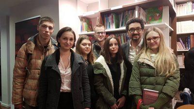 """УАКС: Студентите од странски јазици присуствуваа на промоција на романот """"Деликатност"""" на Давид Фоенкинос"""