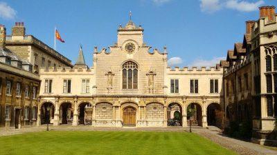 Целосно финансиран студентски натпревар за меѓународни студенти во Велика Британија
