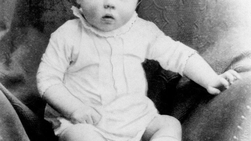 Бебето Хитлер и уште 4 интересни филозофски дилеми за …