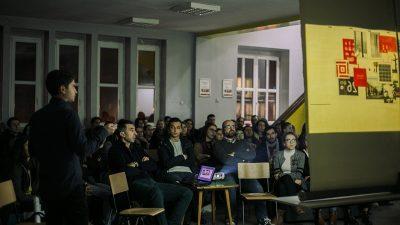 Излагање на Павел Вељаноски на Архитектонскиот факултет