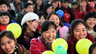 На Кина и недостасуваат 60 милиони жени: Млади невести вредат и до 70.000 долари