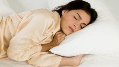 Дали сте од оние кои спијат на левата страна? Откако ќе го дознаете ова веднаш ќе почнете !