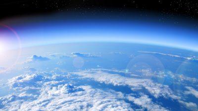 Научници: Стотици милијарди вируси се шират во атмосферата