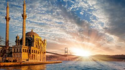 Истанбул и Сингапур прогласени за најдосадните градови на светот