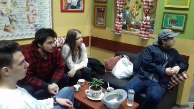 Студенти вклучени во работата на сесии за психологија на возрасни лица