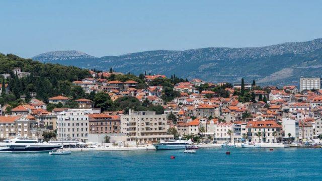 Croatian-Government-Scholarships-for-International-Students.jpg