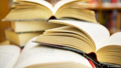 ДЕСЕТ ДОБРИ ПРИЧИНИ зошто читањето ќе ви биде од корист