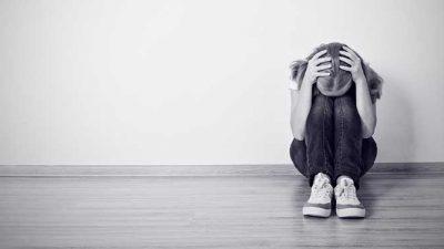 11 скриени навики на луѓето со депресија