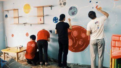 Факултетот за Дизајн и мултимедија на ФОН Универзитет во изминатиов период изврши реконструкција на детската занимална во домот за деца без родители – 11 октомври