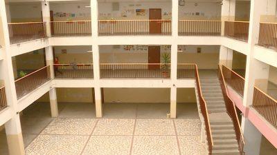 Зголеменото раселување ги испразни училиштата – …