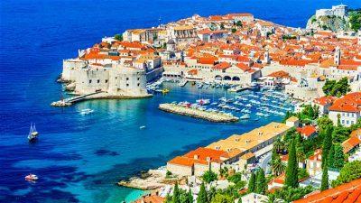 За паркирање во Дубровник ќе треба да платите 135 евра за неколку часа